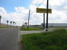 941 w expressway 83, donna, TX 78573