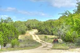 180 NE Barbarosa Trail