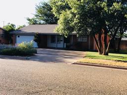 1603 e reppto street, brownfield, TX 79316