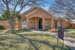 4807 2nd place drive, lubbock, TX 79416