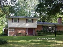 2408 peace avenue, lufkin, TX 75901