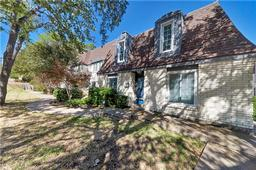 804 Chateau Valee Circle, Bedford, TX 76022