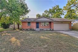 418 lou avenue, duncanville, TX 75137
