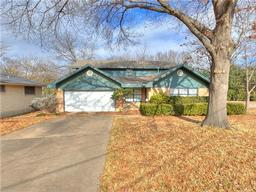 2045 province lane, dallas, TX 75228