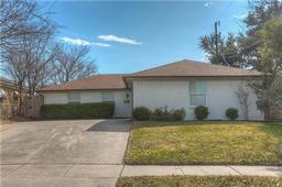 3051 ryan place drive, fort worth, TX 76110