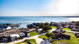 313 Harbor Landing Drive