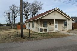 733 N Avenue E, Cross Plains TX 76443