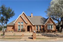 1313 Woodvale Drive, Bedford, TX 76021