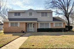 1313 wentwood drive, irving, TX 75061