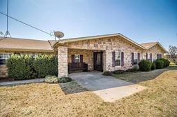 825 County Road, Springtown TX 76082