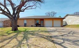 2504 cardinal court, mesquite, TX 75149