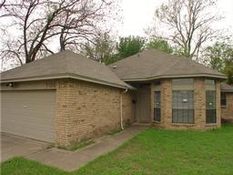 709 5th street, grand prairie, TX 75050