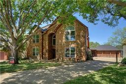 3252 shady glen drive, grapevine, TX 76051
