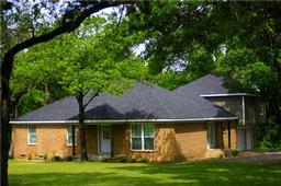 702 n casa grande circle, duncanville, TX 75116