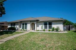 1722 Rosemeade Circle, Carrollton TX 75007