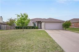 525 Reagan Lane, Burleson TX 76028