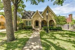 2201 Primrose Avenue, Fort Worth TX 76111