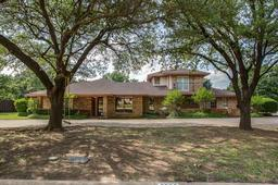 3609 red oak drive, corinth, TX 76208