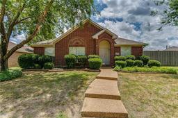 7406 San Carlos Drive, Rowlett TX 75089