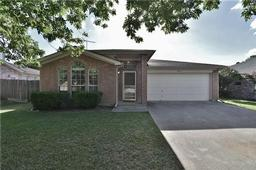 7913 Buttonwood Drive, Fort Worth TX 76137