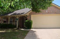 1905 piney creek boulevard, denton, TX 76205