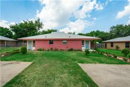 3409 orchard street, forest hill, TX 76119