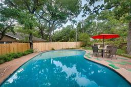 5825 jacqueline road, fort worth, TX 76112