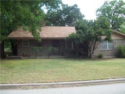 501 W College Street, Rising Star TX 76471