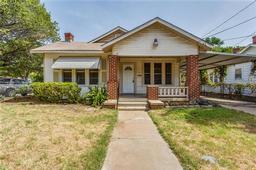 2801 Dell Street, Fort Worth TX 76111