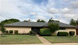 5651 woodway drive, fort worth, TX 76133