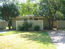 707 n pecan street  a, arlington, TX 76011