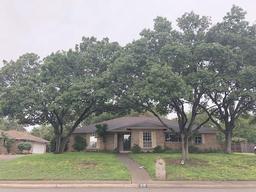 219 s greenstone lane, duncanville, TX 75116