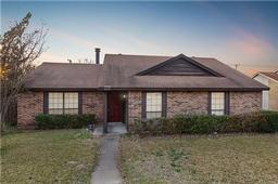 428 matterhorn street, cedar hill, TX 75104