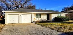 412 johns drive, bridgeport, TX 76426