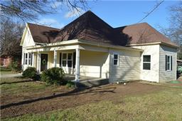 302 madison street, cleburne, TX 76033