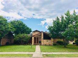702 brittany drive, mesquite, TX 75150