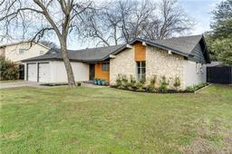 1905 chattanooga drive, bedford, TX 76022
