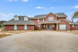 258 bluffview circle, china spring, TX 76633