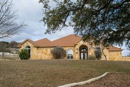 157 oakhampton trail, ingram, TX 78025