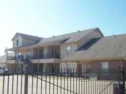 1401 bagby ave 16, waco, TX 76706