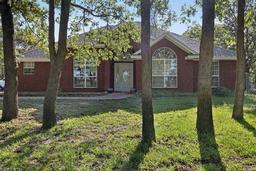 577 Lakeland Park Circle, Mart TX 76664