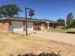 224 county road x, farwell, TX 79325