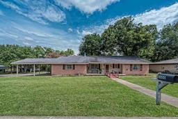 8800 fox hollow dr, woodway, TX 76712