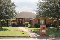 1124 Heatherwood, Hewitt, TX 76643