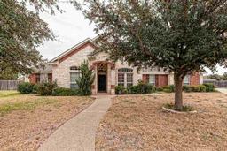 1008 Lands End Cove, Hewitt, TX 76643