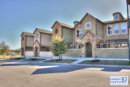 949 n academy avenue, new braunfels, TX 78130