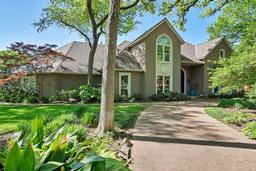 4851 moss hollow ct, fort worth, TX 76109