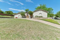 4212 stonedale road, fort worth, TX 76116