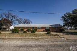 2552 bowie st, san angelo, TX 76901