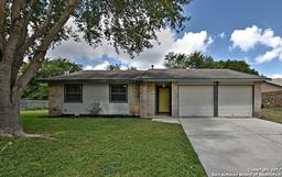 4623 golden mdws, san antonio, TX 78250